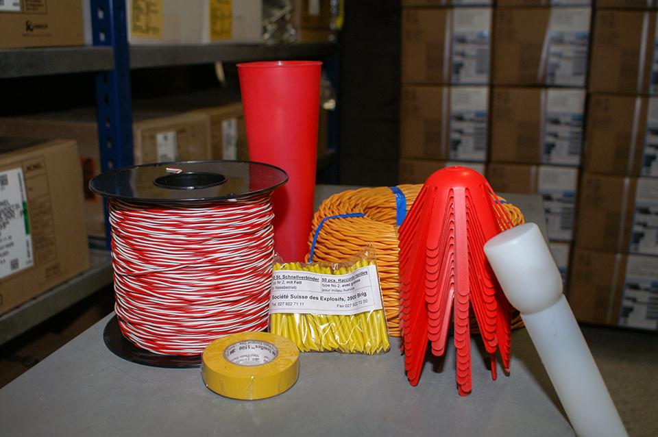Sprengmittelvertrieb: Sprengstoff, Zündmittel und Zubehör