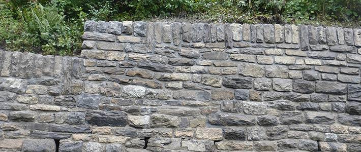 Sanierung von Natursteinmauerwerken