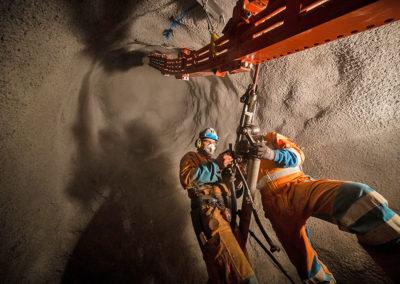 Alimak Raise Climber: Montage der Schiene