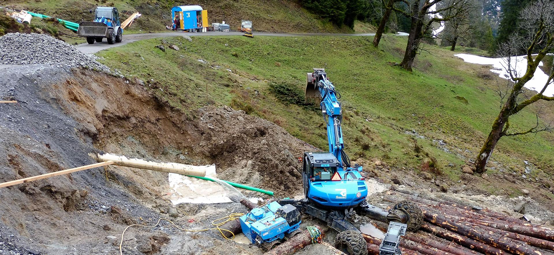 Bergstrasse nach Rutsch wieder offen