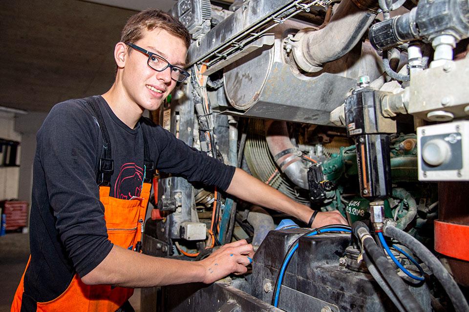Baumaschinenmechaniker / Baumaschinenmechanikerin EFZ