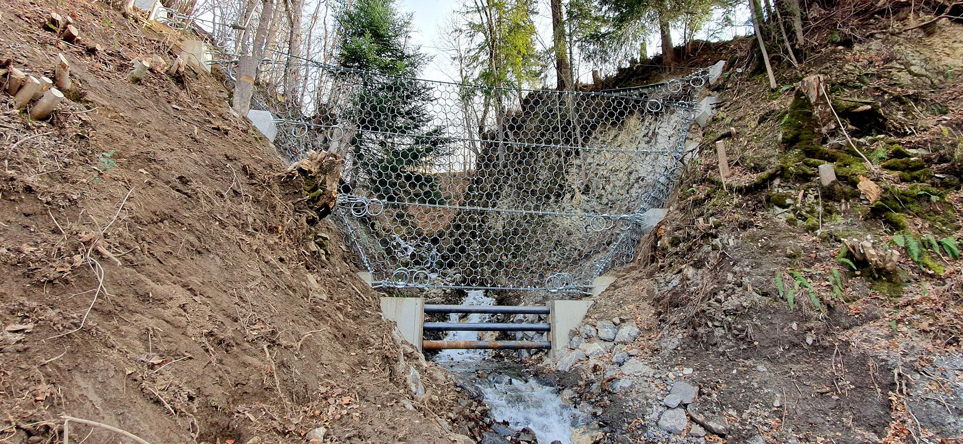 Hochwasserschutz-Bauwerk