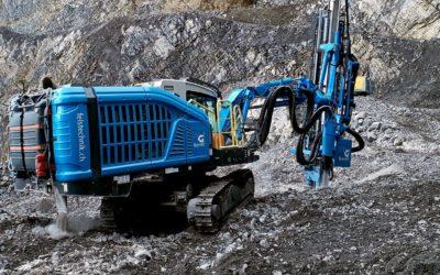 Neues Bohrgerät im Steinbruch