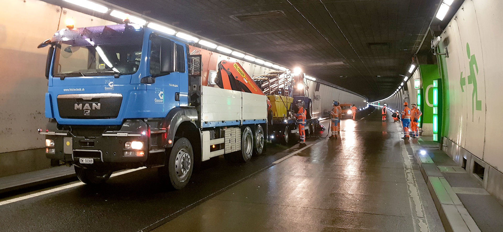 Sofortmassnahmen nach Wassereinbruch im Seelisbergtunnel
